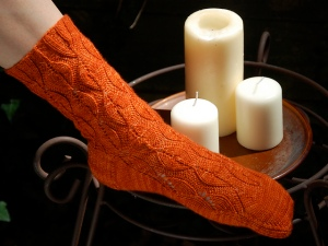 Candlepower Socks by Emma Antunes. Para las calcetineras ;)