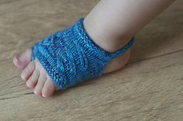 Showsy Toes Baby Sandal de Stephanie Lotven.